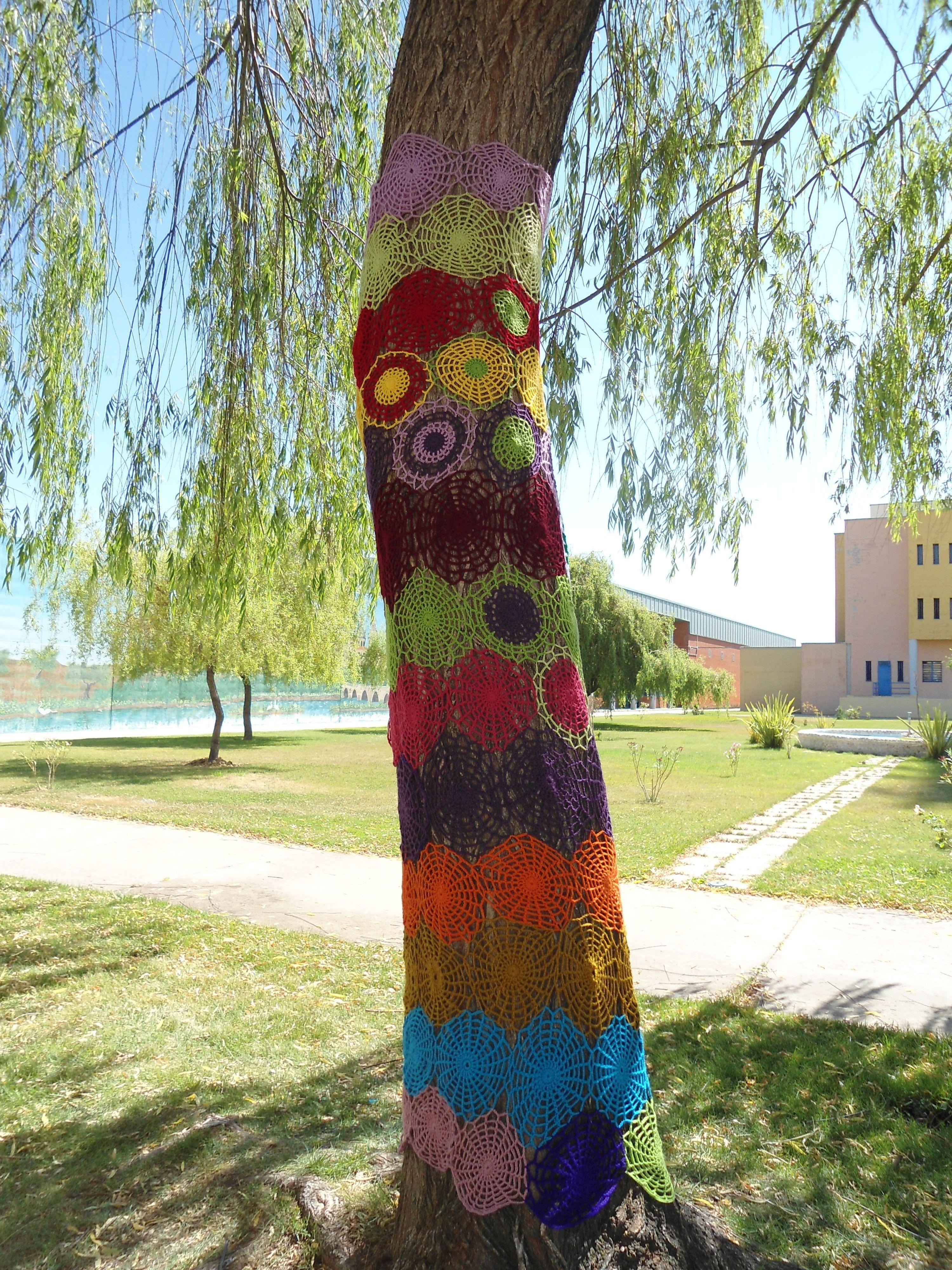 Árbol decorado por los reclusos de Topas.