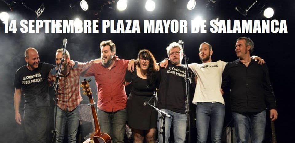 Jorge Orejudo junto a la banda de Fernando Maés en la Plaza Mayor de Salamanca el día 14 de septiembre