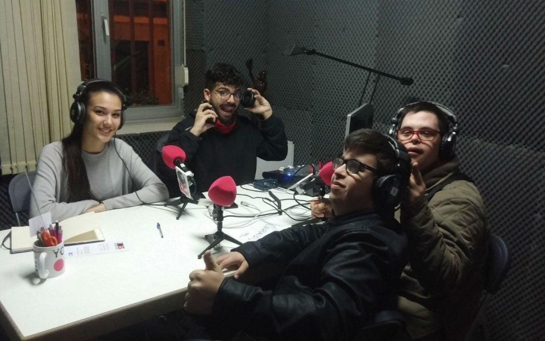 La Fundación AVIVA estrena programa en Radio Oeste