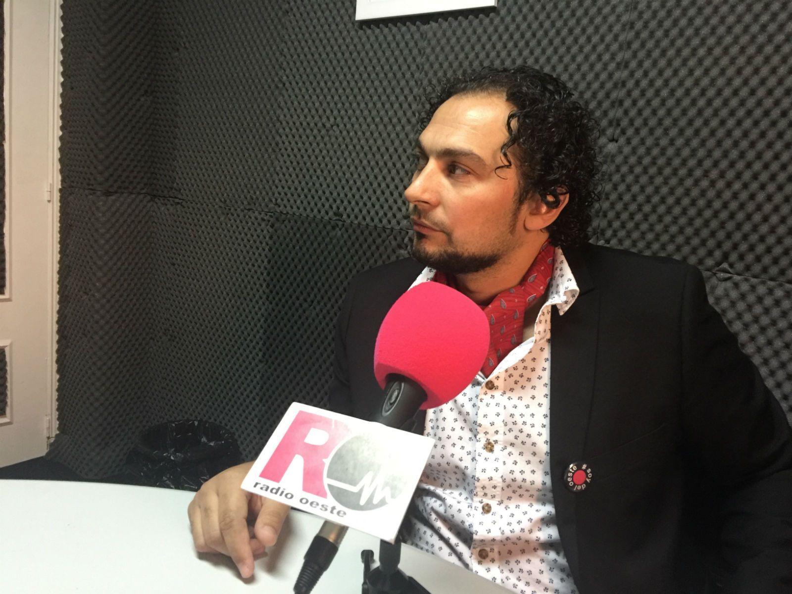 "Photo of Raúl Bermúdez: ""Nos han educado para estar enfrentados"""