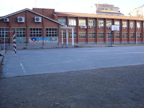 Photo of El Barrio del Oeste y la falta de dotaciones