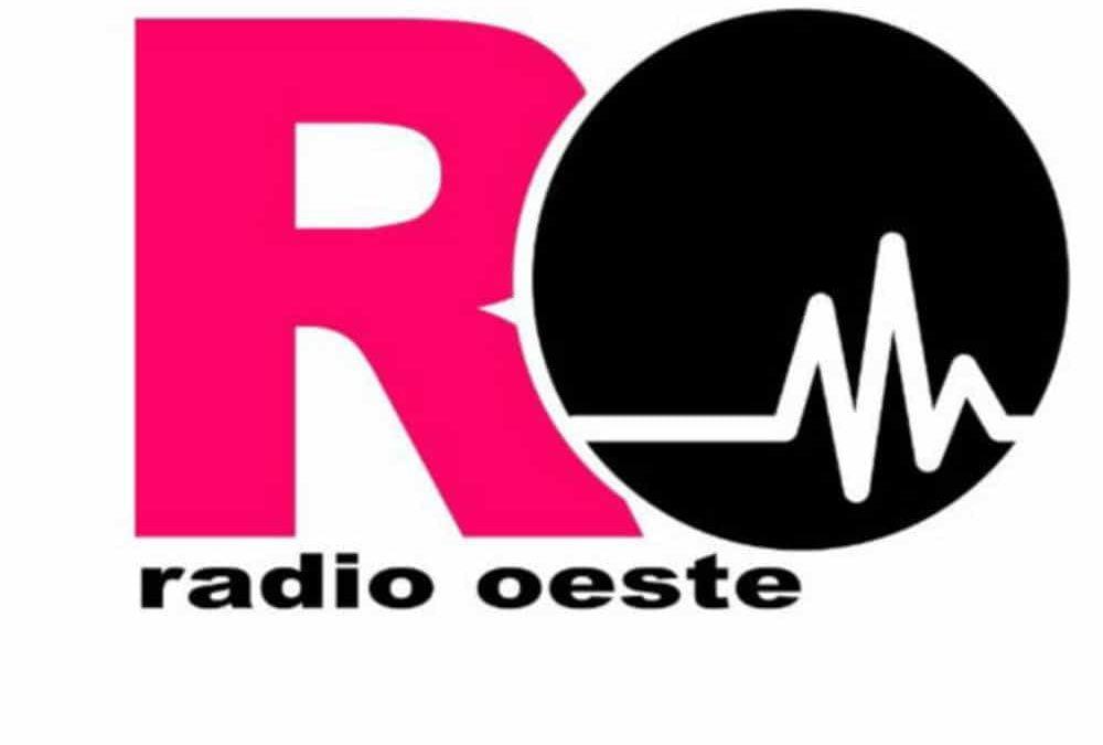 Cómo escuchar un podcast de Radio Oeste