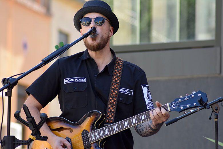 Dave Dagomsa en concierto ZOES