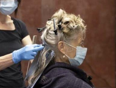 `Dime mi niño´: Reapertura de las peluquerías