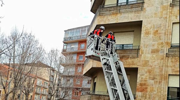 Intervención de los bomberos en el barrio
