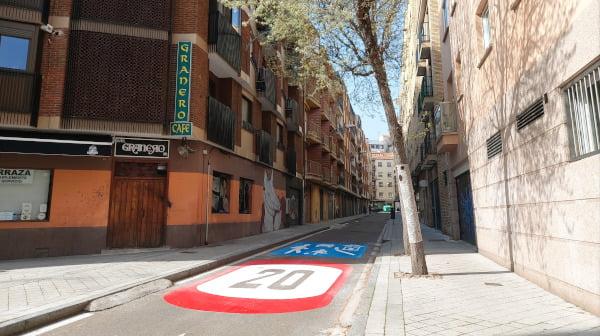 Nuevo límite de velocidad en 14 calles del barrio