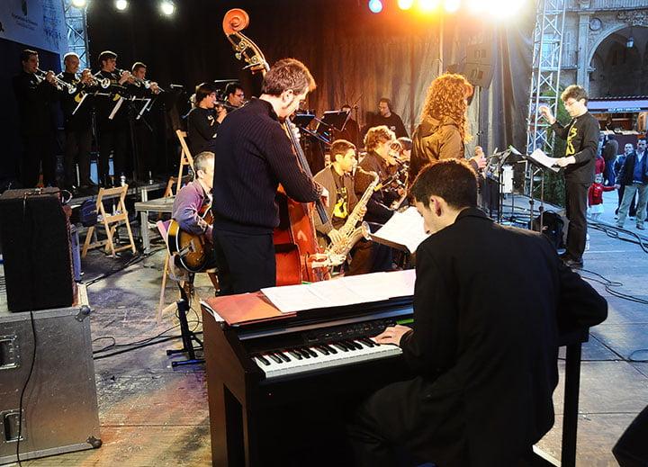 Big Band USAL en Feria del libro Salamanca