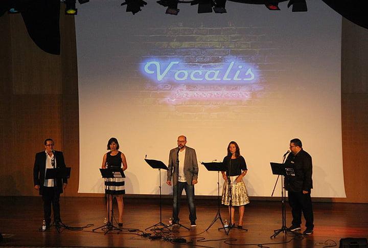 el quinteto Vocalis, formado por Nacho, Julio, Jesús, Rosana y Vicky